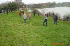 Mise en place des jalons des 4 bosquets biodivers. Création forestière pédagogique biodiverse d'Arnay le Duc. 23 novembre 2010.