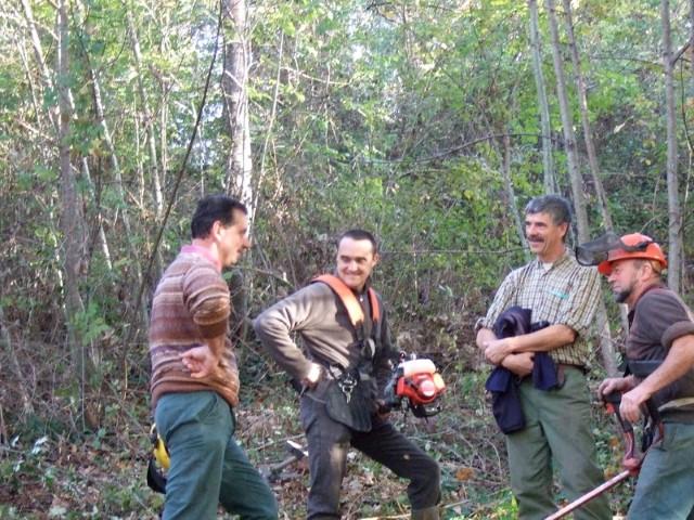 Tom et ses amis. Création forestière pédagogique biodiverse de Lhuis. Premier trimestre 2009.