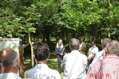 Sylvie JOUVENCEAU présente le projet de la reforestation pédagogique biodiverse de Premeaux-Prissey. Vendredi 29 juin 2018